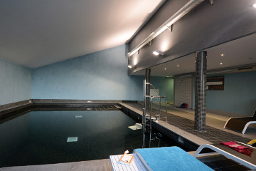 Residence Les Chalets de l'Isard - Vacancéole - Les Angles - Indoor heated swimming-pool